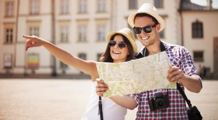 Numărul sosirilor turiştilor străini în România a trecut de două milioane, în 2015  sursa foto walll-street.ro