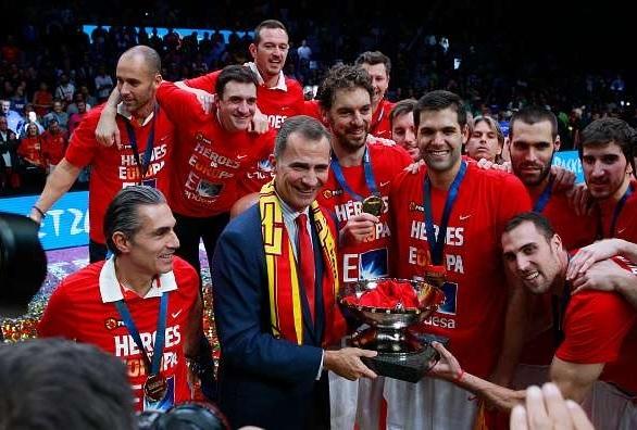 Spania a câştigat trofeul european în 2015 şi va juca împotriva României la Cluj. FOTO / Sportskeeda.com