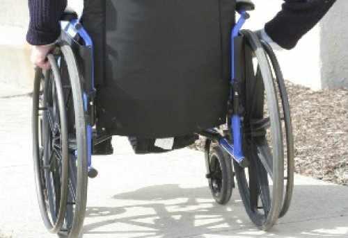 Aparţinătorii legali ai adulţilor cu handicap ar putea fi scutiţi de plata impozitului