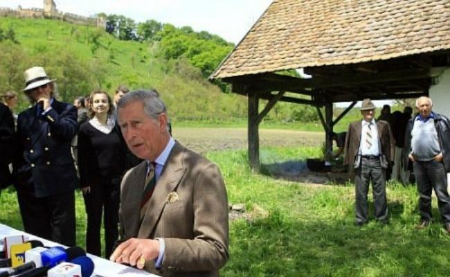Printul Charles în satul Valea Zălanului