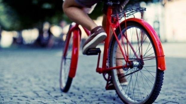 Deplasarea cu bicicleta la locul de muncă scade cu 45% riscul de cancer și cu 46% pe cel de boli de inimă (
