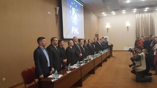 Alegeri fără surprize la PNL Cluj: Daniel Buda a candidat singur şi a câştigat un nou mandat la şefia organizaţiei judeţene.  Sursa foto Mihaela Suciu