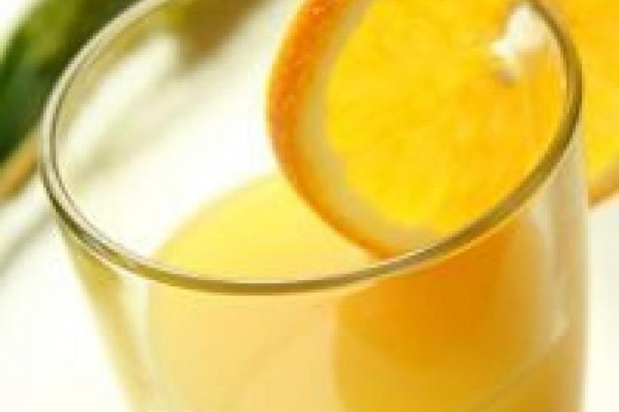 O băutură îndulcită artificial pe zi crește de trei ori riscul de accident vascular cerebral și demență
