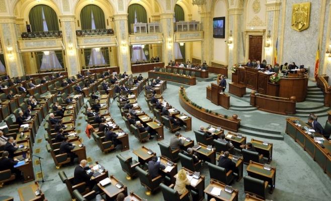 Legea grațierii, ÎN LINIE DREAPTĂ. Senatorii juriști dezbat azi
