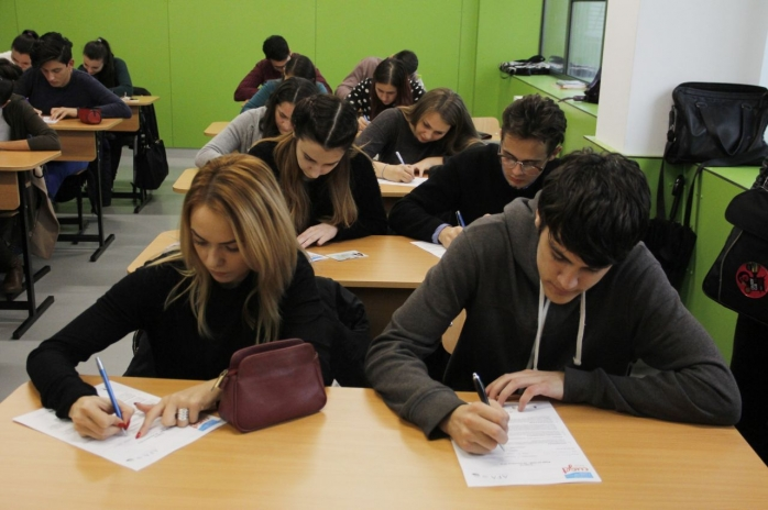 Schimbări majore în învăţământ: Unele unităţi şcolare vor putea primi certificat de liceu anteprenorial