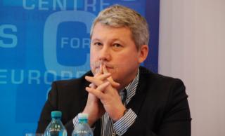 Cătălin Predoiu se retrage din cursa pentru şefia PNL: Ceea ce ofer nu coincide cu vederile liderilor