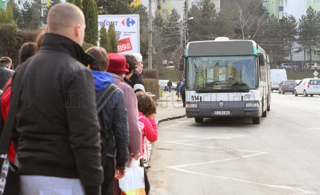 Cum vor circula mijloacele de transport în minivacanţa de Ruslaii