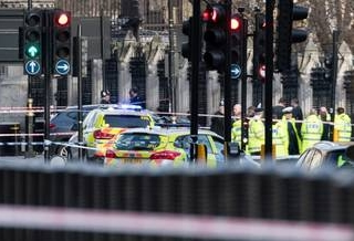 11 persoane în arest după atentatul de sâmbătă  sursa foto ziare.com
