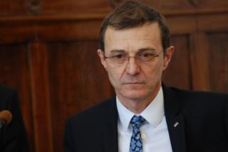 Rectorul UBB: Politicienii să nu se joace cu demnitatea românilor. S-ar putea ca mămăliga să explodeze din nou