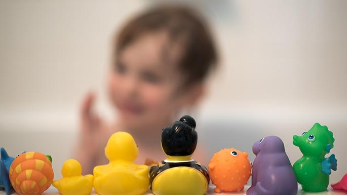 Circa 1 din 5 copii diagnosticați cu Tourette prezintă simptome de autism