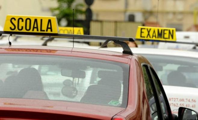 Schimbări majore privind examenul auto. Proba practică va fi înregistrată video şi audio