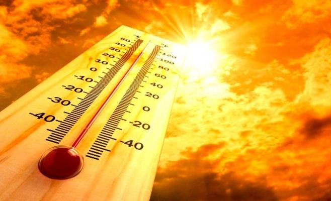 Un nou val de caniculă cuprinde România. Marţi, temperaturile vor ajunge la 37 de grade Celsius