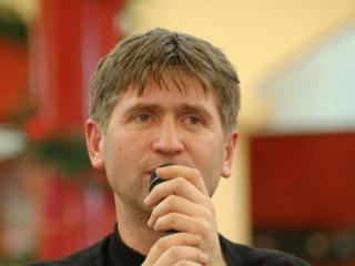 Cristian Pomohaci a fost dat afară din preoţie