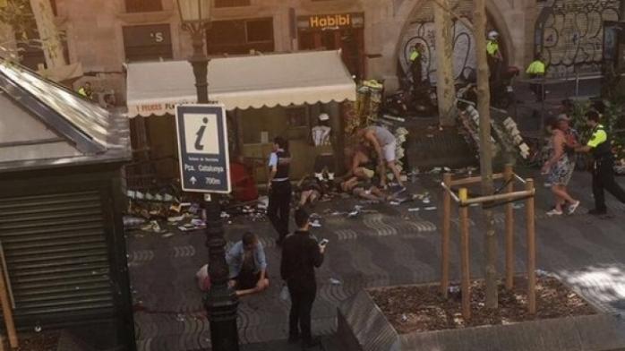 Atentat la Barcelona. Presa locală anunță cel puțin 13 morți.   sursa foto romaniatv.net