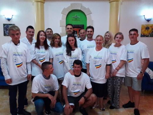 PMP CLUJ, cea mai numeroasă delegație la Școala de Vară a organizaţiilor de tineret