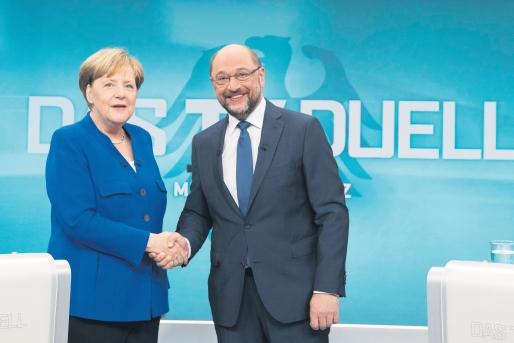 ALEGERI ÎN GERMANIA - 61,5 milioane de cetăţeni, aşteptaţi la urne. Premiera de după al II-lea Război Mondial, care s-ar putea înregistra în urma votului =  sursa foto dcnews.ro