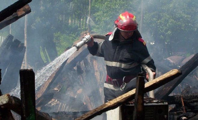 Începând cu 1 octombrie, autorizațiile de securitate la incendiu devin obligatorii. Care este situaţia în judeţul Cluj.