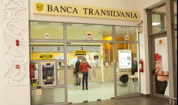 Banca Transilvania semnează vineri contractul de achiziţie a Bancpost. Tranzacţia îi va permite băncii din Cluj să atace prima poziţie din România
