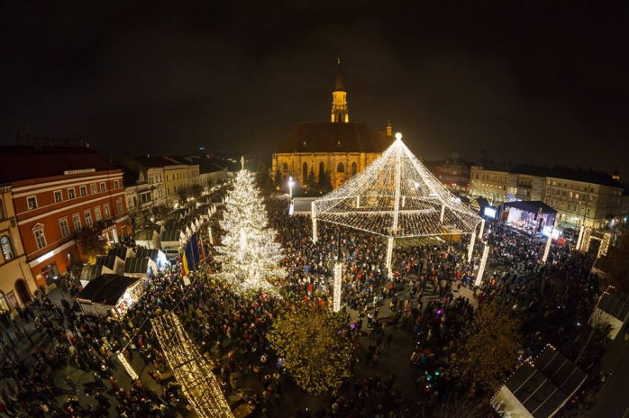 S-a deschis Târgul de Crăciun din Piaţa Unirii  Sursa foto Facebook Emil Boc
