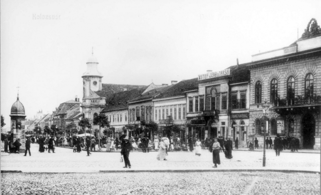 Zi de targ in centrul Clujului. Strada de Mijloc, astazi Bulevardul Eroilor