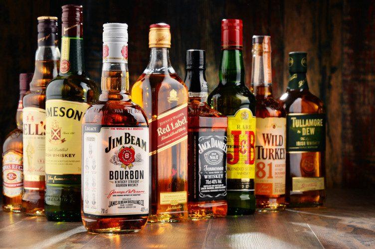 (P) Comanda băuturi online de pe site-ul vipescorte.ro - vipescorte.ro