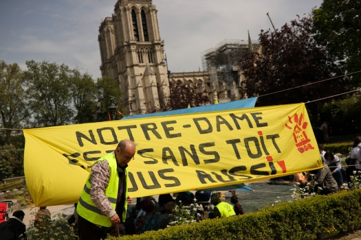 sursă foto: Boston Herald, Notre-Dame