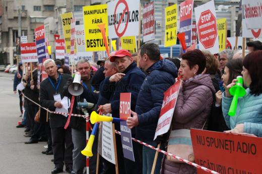 Un nou val de proteste pentru sindicaliștii de la Aeroport.