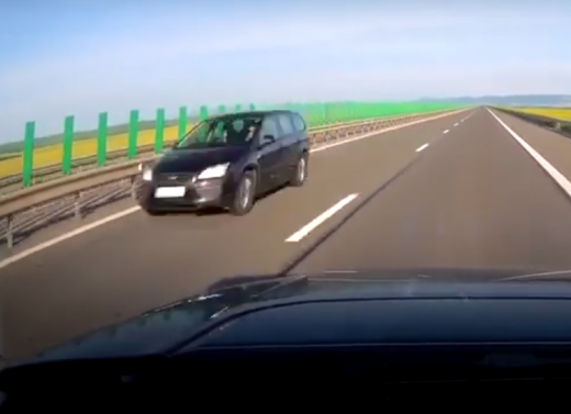 O mașina rulează pe contrasens pe Autostrada A3