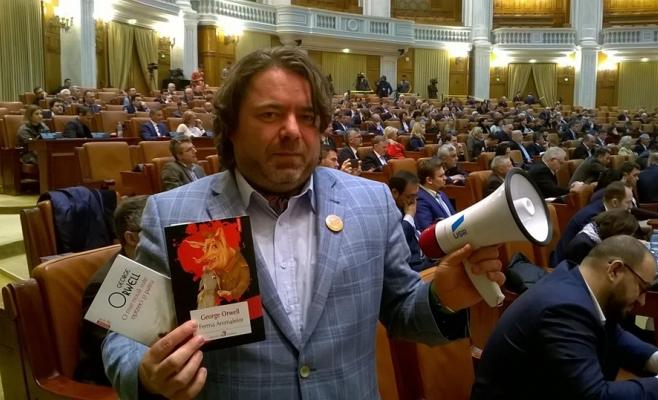 """Mihai Goțiu se visează președintele României: """"Așteptați-vă să vorbim mult despre mediu!"""""""
