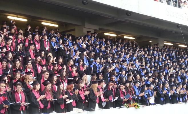 Se anunță spectacol în acest weekend: festivitatea de absolvire UMF, pe Cluj Arena