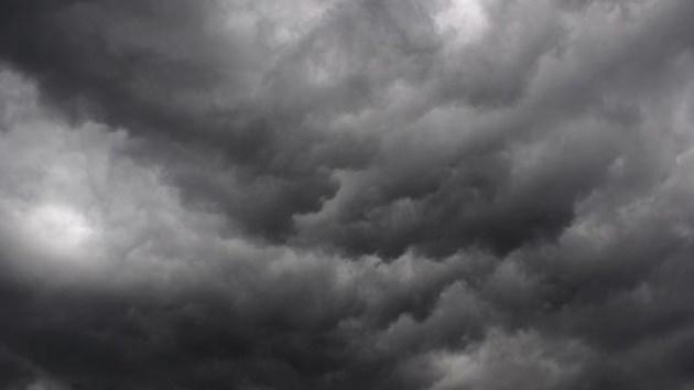Vremea rea își instalează cortul la Cluj: furtuni și grindină începând de sâmbătă