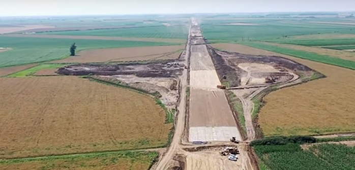 Constructorii români, mai harnici pe șantierele autostrăzilor. Străinii, catastrofă pe bani grei!