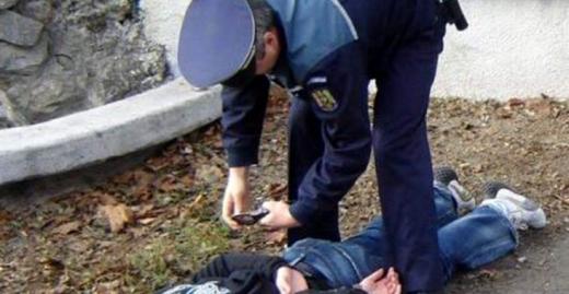 Tâlhării ÎN LANȚ la Cluj! Bătrâni jefuiți de agresori tineri, minor ajuns după gratii