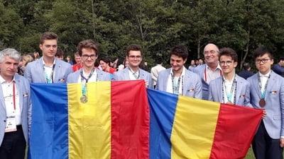 6 medalii obținute la Olimpiada de matematică