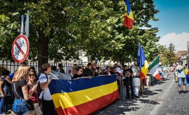 Szakminisztérium: 9,7 millió román él Románia határain kivül