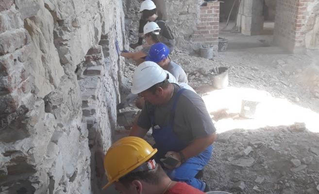 După Electric Castle, la Castelul Bánffy din Bonțida încep taberele de restaurare