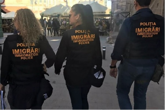 "Trei basarabeni, prinși muncind ""la negru"" în Cluj"