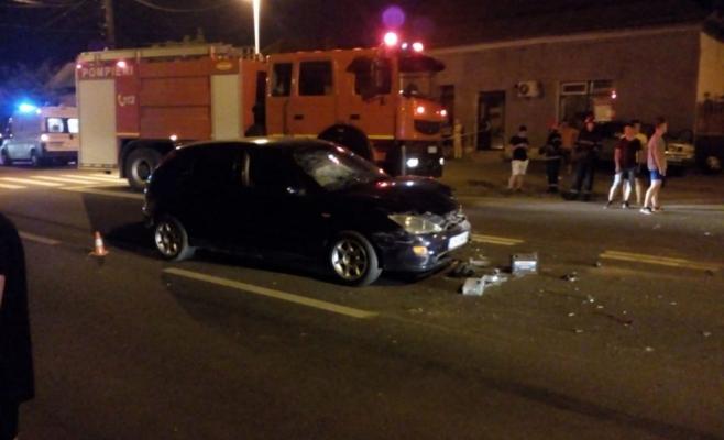 HAOS rutier la Turda: patru mașini implicate într-un accident în lanț