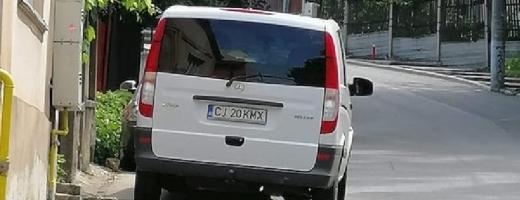 """ONANIST pe străzile Clujului? """"Insistă să mergi cu el, devine psihopat!"""""""
