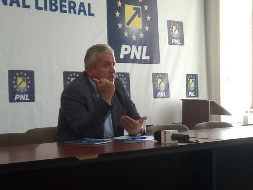 """D. Buda o trage de mânecă pe Dăncilă și cere consultări privind viitorii comisari europeni: """"Trebuie să reprezinte România, nu PSD-ALDE!"""""""
