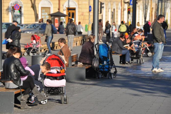 Salarii mai mari și mai puțini șomeri, dar numărul turiștilor a scăzut drastic în județul Cluj