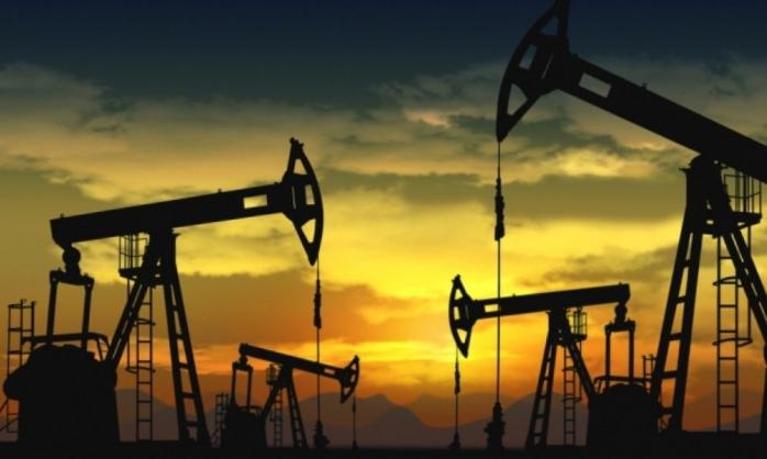 ANALIZĂ Euro testează constant pragul de 4,74 lei, prețul petrolului a EXPLODAT