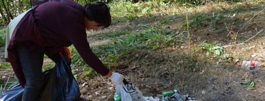 Clujenii declară RĂZBOI gunoaielor din natură și ies la curățenie în județ!