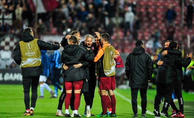 """Petrescu voia mai mulți fani cu Lazio: """"Să facem o poză la clasament, să rămână așa!"""""""