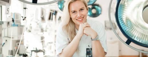 O suedeză, studentă la Cluj, deschide primul centru de sprijin pentru supraviețuitoarele abuzului sexual