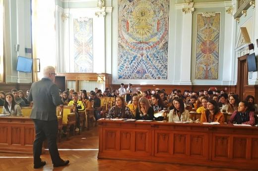 """Experienţă studenţească inedită pentru 300 de elevi: """"Patru zile la UBB absolut extraordinare!"""""""
