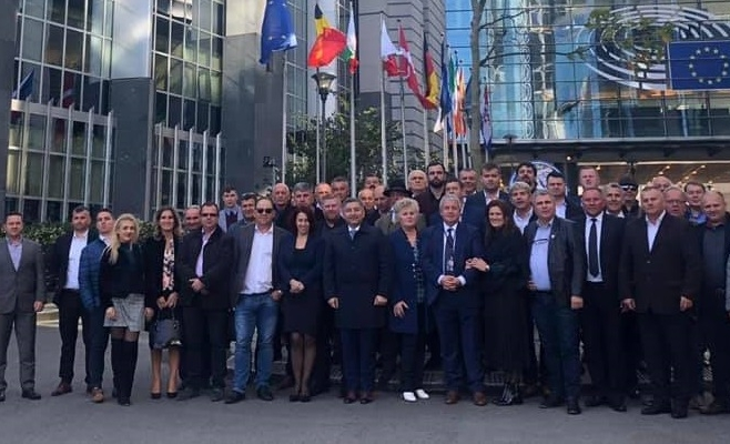 """Alin Tișe, primari și viceprimari din Cluj, """"escapadă"""" la Bruxelles la invitația europarlamentarului Daniel Buda"""