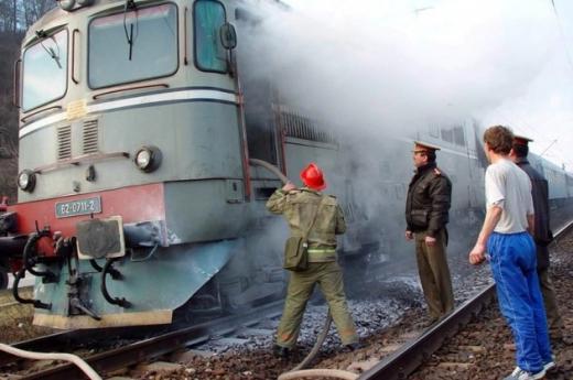Panică în gara Apahida, o locomotivă a luat FOC, foto: arhivă