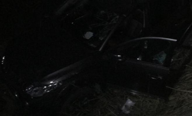 Trei răniți au ajuns la spital după ce un șofer s-a crezut la raliu pe drumul pietruit de la Sucutard, foto: IPJ Cluj