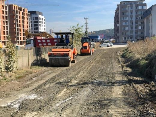 """Au intrat buldozerele pe Răzoare. Șulea se laudă cu o """"intervenție ecologică"""", în """"premieră națională"""", sursă foto: Facebook Horia Șulea"""